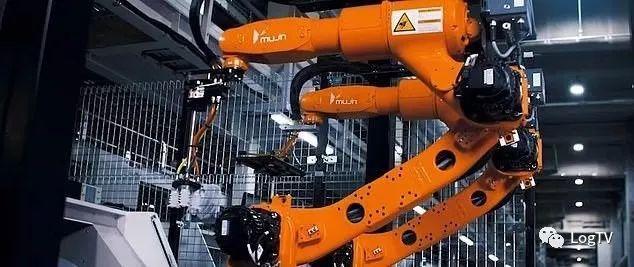 優衣庫引進機器人分揀設備,接近100%自動化