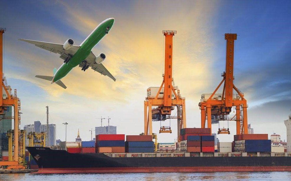交通运输行业周报(12.3-12.7) 油价持续下跌利好航空航运,中外运即将回归A股