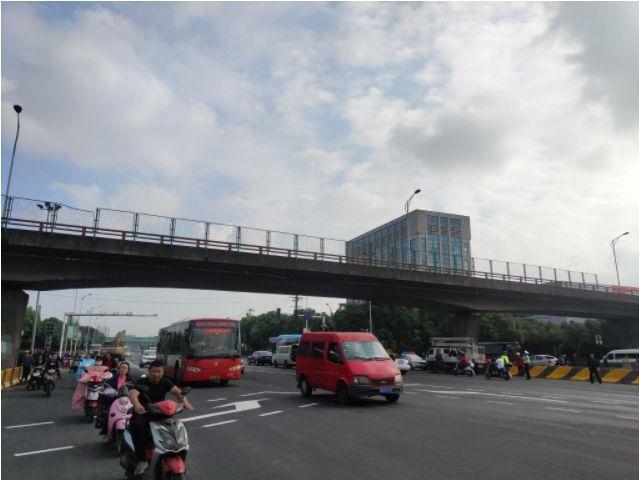 【连锁反应】限载通知来了!大半个中国严查货车超载!运输、水泥价格齐涨!