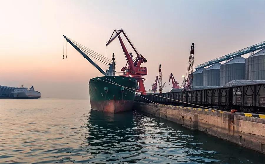 重磅!上海市政府常务会议:推动运输结构调整,打造便捷的海铁联运新模式!