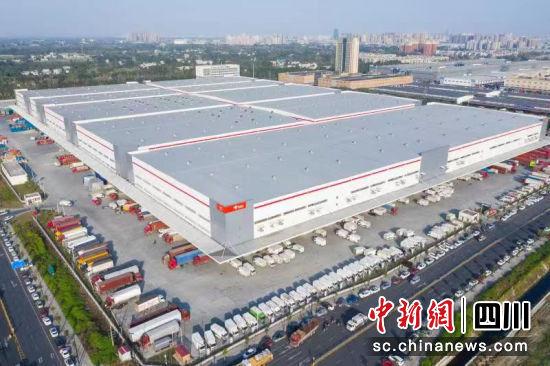 西南最大的仓储物流园——京东亚洲一号成都新都物流园区竣工并投入使用