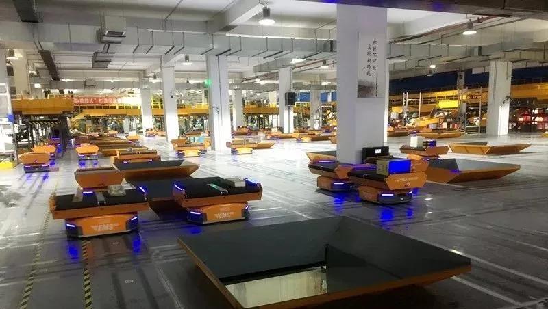 亚马逊分拣机器人发布,你的仓库该升级了!  ?