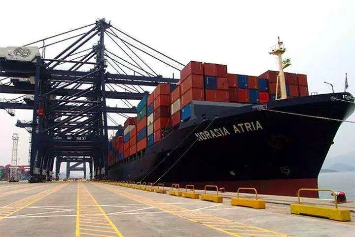 交通运输部:6月1日起,集装箱超重不得装船、违者罚款或将负法律责任