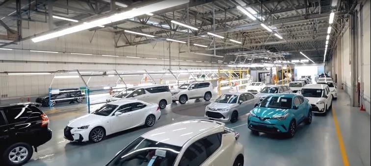 巨型汽车立体库!揭秘丰田日本爱知县新车维修配送中心