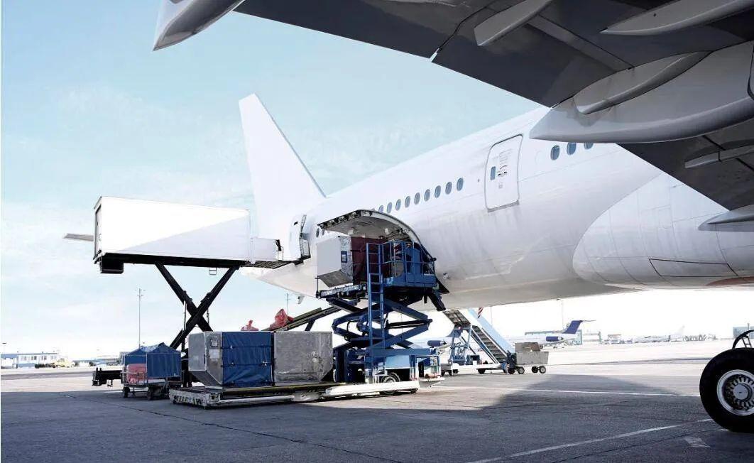 美国暂停中国航班,空运价格将迎来暴涨?跨境物流、外贸出口再次承压