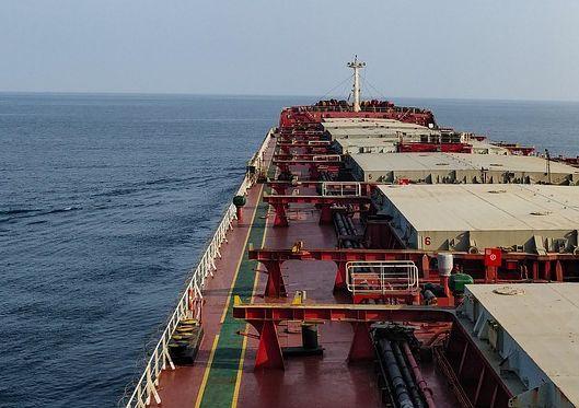 干散货运受益于集运溢出效应