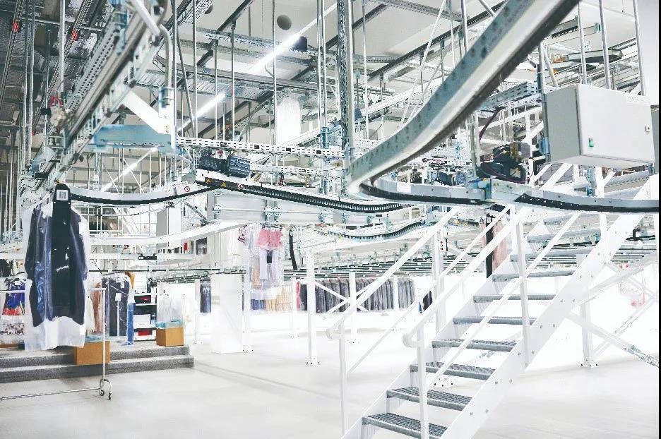 KNAPP助力高端女装品牌打造高效配送中心