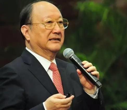 上海市原市长徐匡迪回忆:行政归浙江,管理归上海,全球第一大港成功建了起来