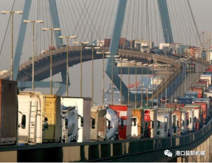 汉堡港将新建集装箱AGV隧道
